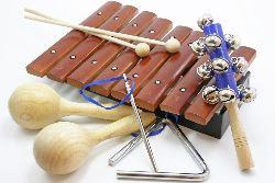 Элементарное музицирование на детских музыкальных инструментах.