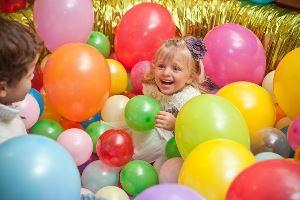 мероприятие с воздушными шарами