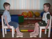 Почему дети приходят в детский сад с нарушением опорно-двигательного аппарата?