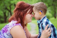 ребенок с нарушением слуха