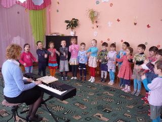 музыкальное занятие с детьми